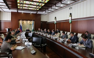 Рустэм Хамитов подвел итоги участия делегации Башкортостана в Петербургском международном экономическом форуме